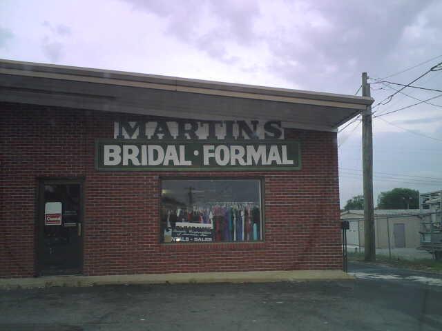 martin 39 s bridal and formal wedding store lawrenceburg tn 38464. Black Bedroom Furniture Sets. Home Design Ideas